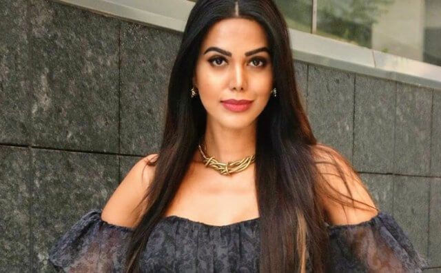 Actor and former Miss India World Natasha Suri detects COVID-19 positive