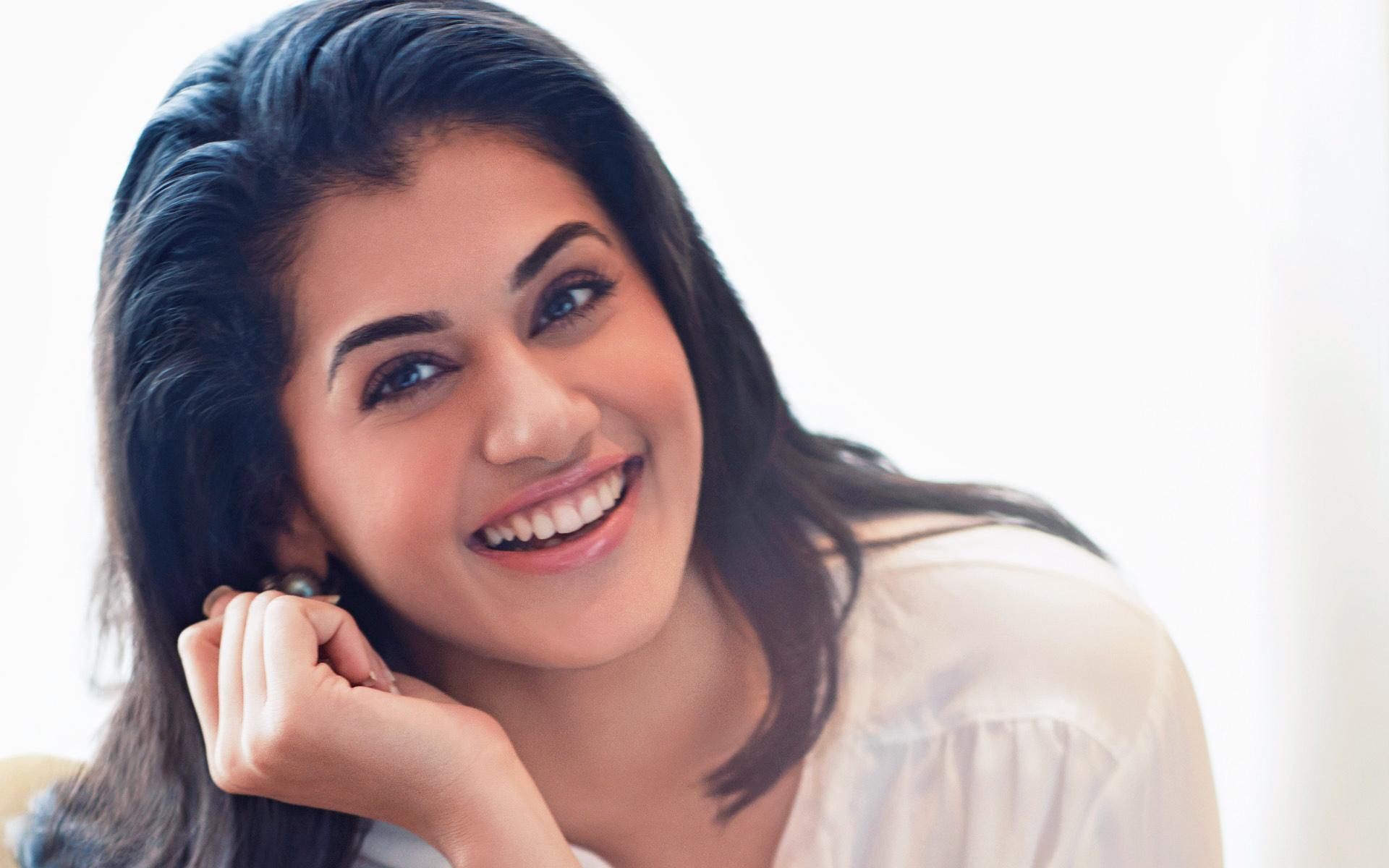 Tapsee Pannu would love to do Mithali Raj biopic