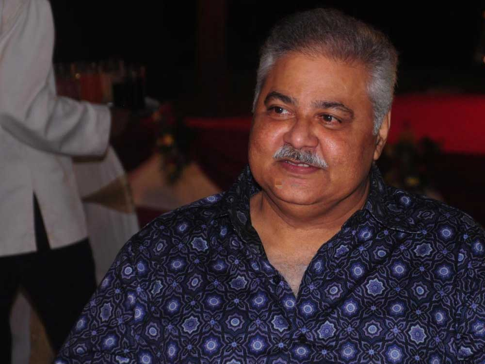 Satish Shah lauds doctors after testing COVID-19 negative