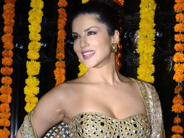 Now,Sunny Leone declines to perform in Bengaluru