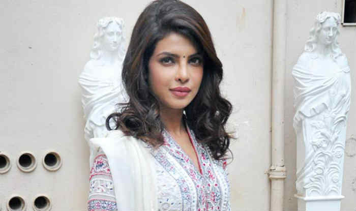Priyanka second most searched celeb in Red Carpet dress