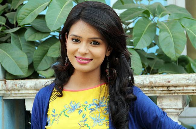 Sonal Vengurlekar excited for her first music video