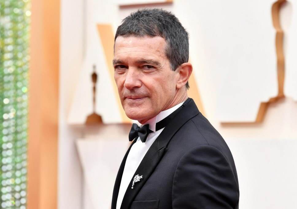 Spanish Actor Antonio Banderas found COVID-19 positive on 60th birthday