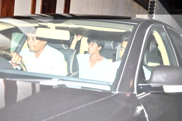 How Shah Rukh Khan came to the rescue of a photographer after accidentally driving his car over him