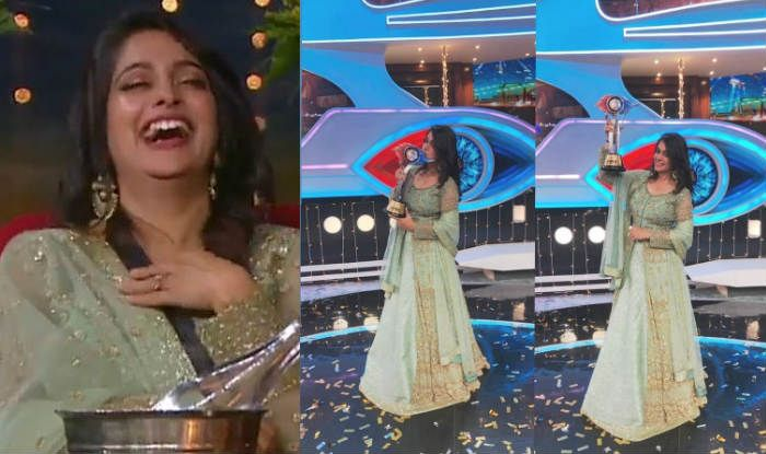 Dipika Kakar wins the Bigg Boss 12 trophy