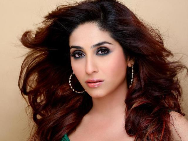 Music industry male driven, less work for female singers: Neha