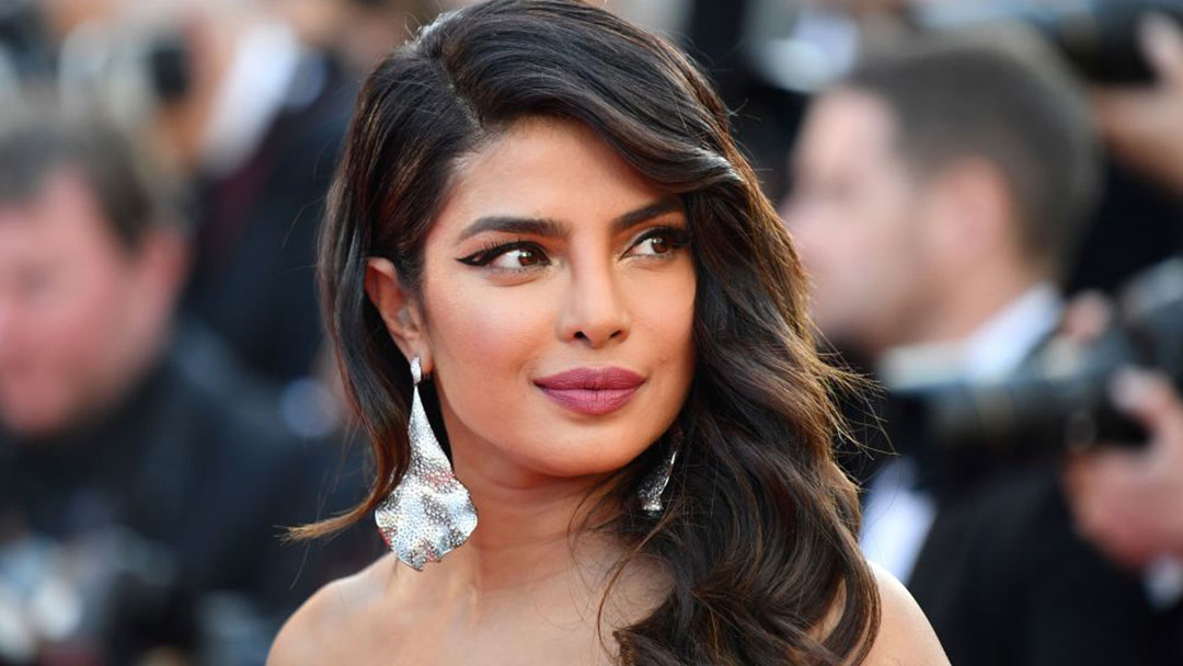 Priyanka Chopra to contribute $100,000 in total to women heroes, pleads for nominations