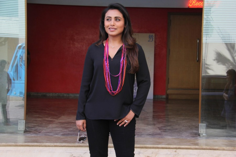 Rani Mukerji to take her onscreen students to an amusement park for a fun picnic and song launch