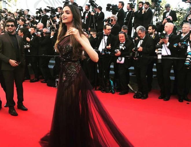 Deepika makes stunning Cannes red carpet debut