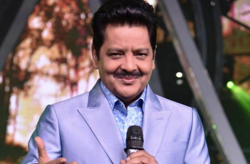 "Udit Narayan dedicates Lagaan's ""Mitwa"" to UP CM during the meet"