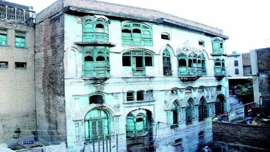 pakistanexpressesinabilitytoconvertkapoorshaveliintomuseum