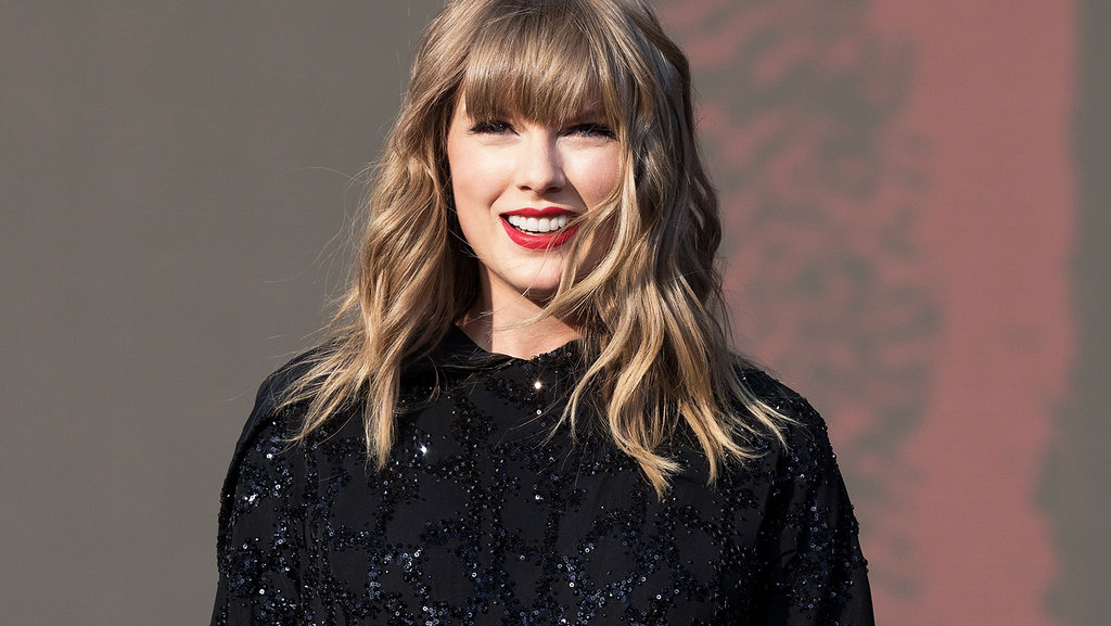 Taylor Swift launches Pride Month at Chicago