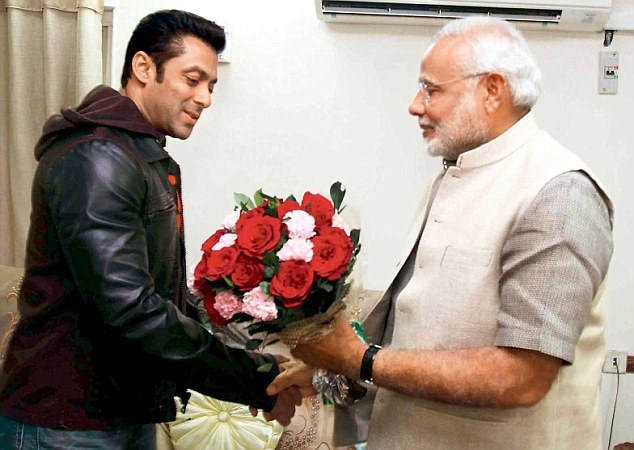 Salman Khan FINALLY replies to PM NarendraModi's tweet! Urges people to vote