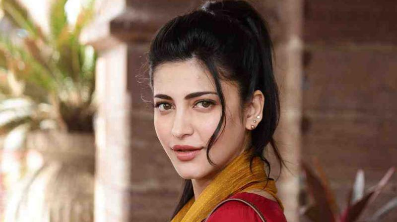 I always feel like an outsider: Shruti Haasan