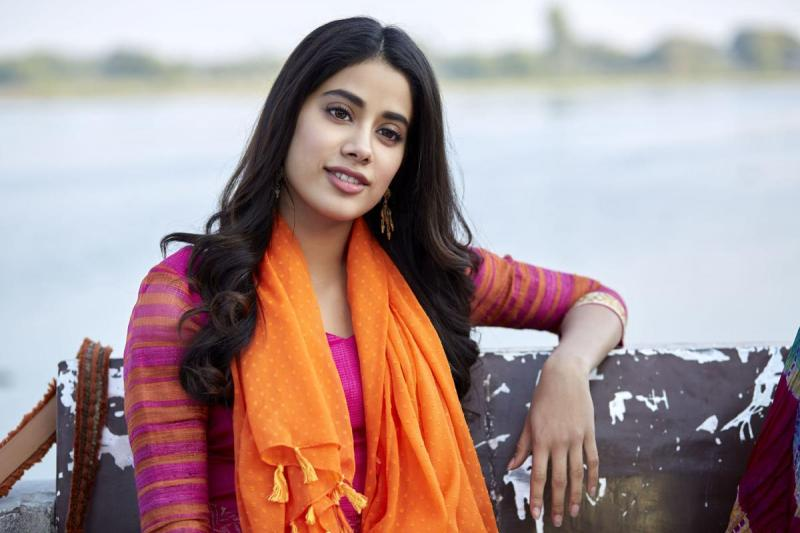 Mainstream Bollywood has largely glorified class divide: Janhvi Kapoor
