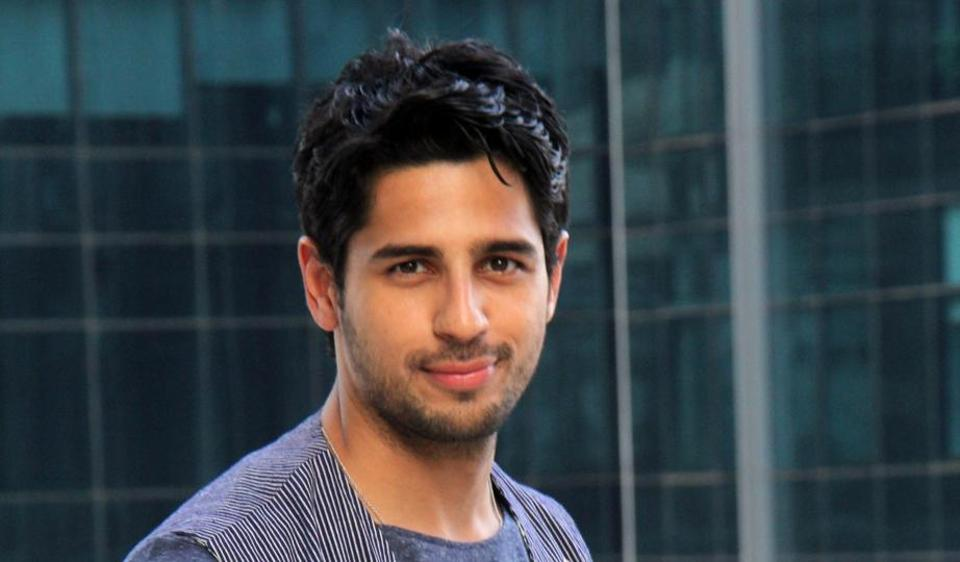 I am an average-looking guy: Sidharth Malhotra