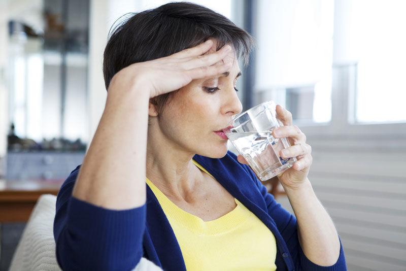 earlymenopausemaytriggeragingoldageproblemsinwomen:study