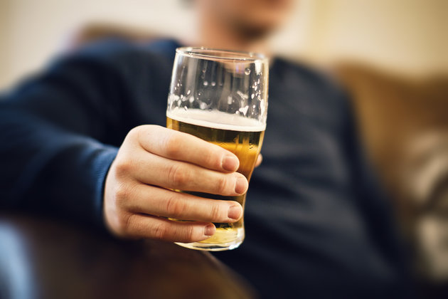 Alcohol consumption contributes to seven types of cancer