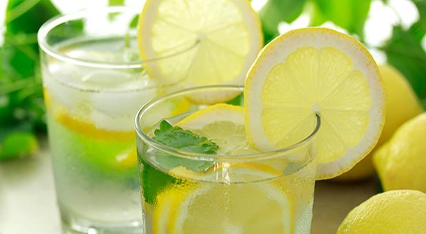 The health benefits of lemon water