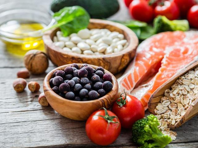 5 super foods to include in your diet to fight