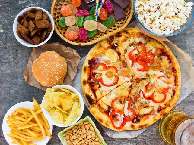 Low-fibre, high fat diet may up severe sepsis risk: Study