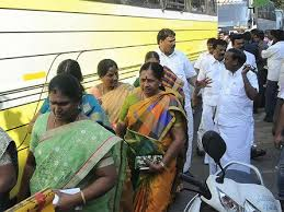 Sasikala's MLAs: 'Locked up' in luxury, 'without' their freedom