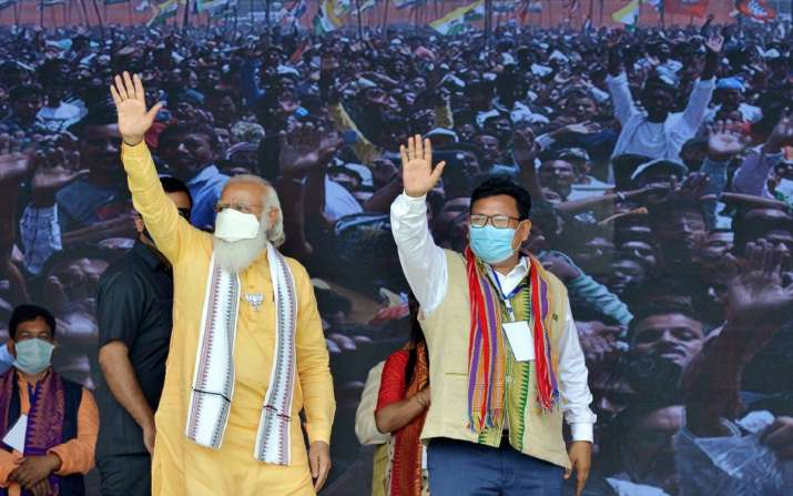 Modi urges Assam militants to join mainstream