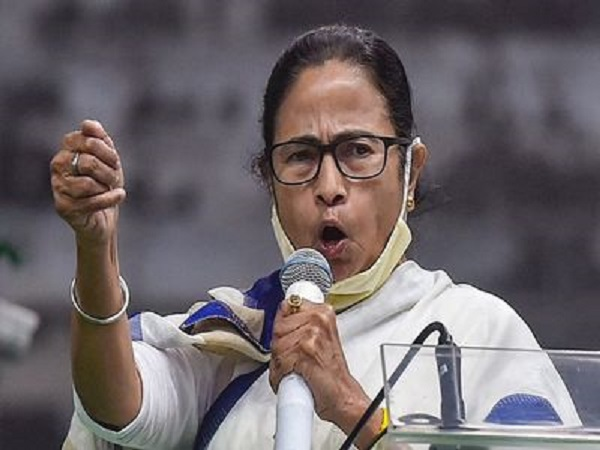 Mamata Plans to Take TMC to the National Stage, Armed with Young Guns like Abhishek