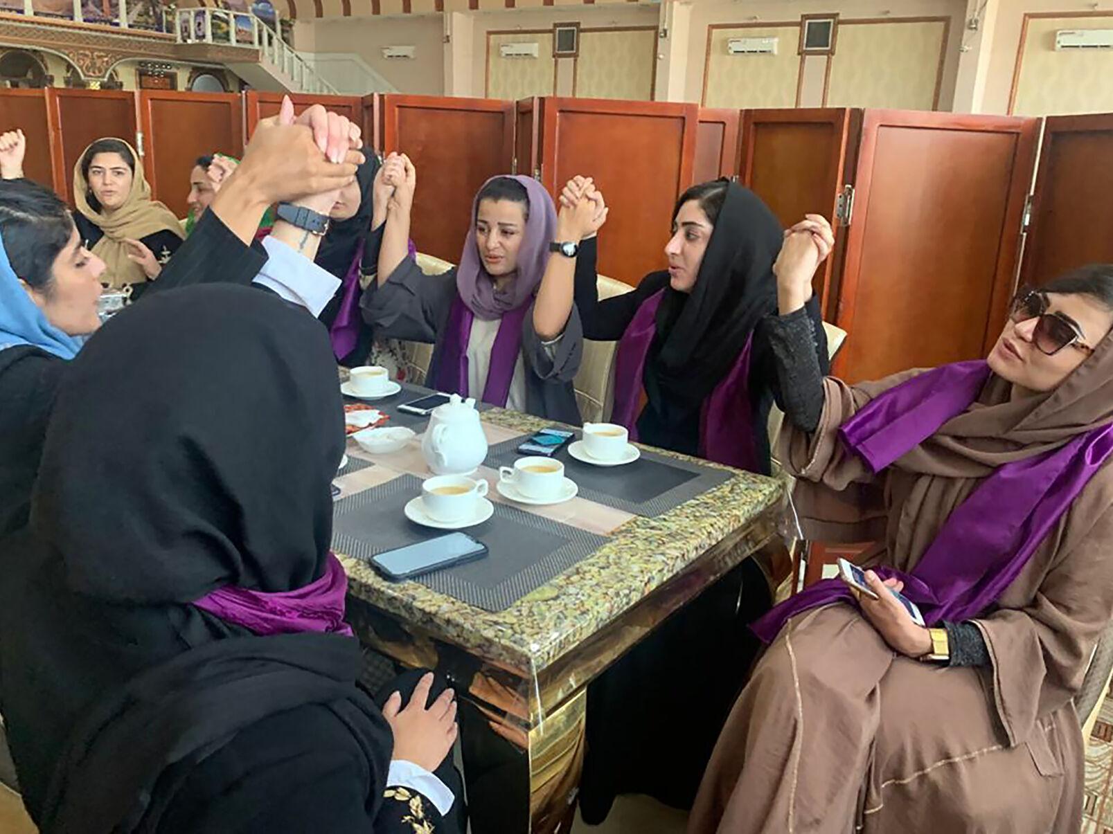 Seven female Afghan taekwondo athletes resettle in Australia