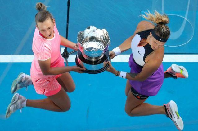Elise Mertens, Aryna Sabalenka win women