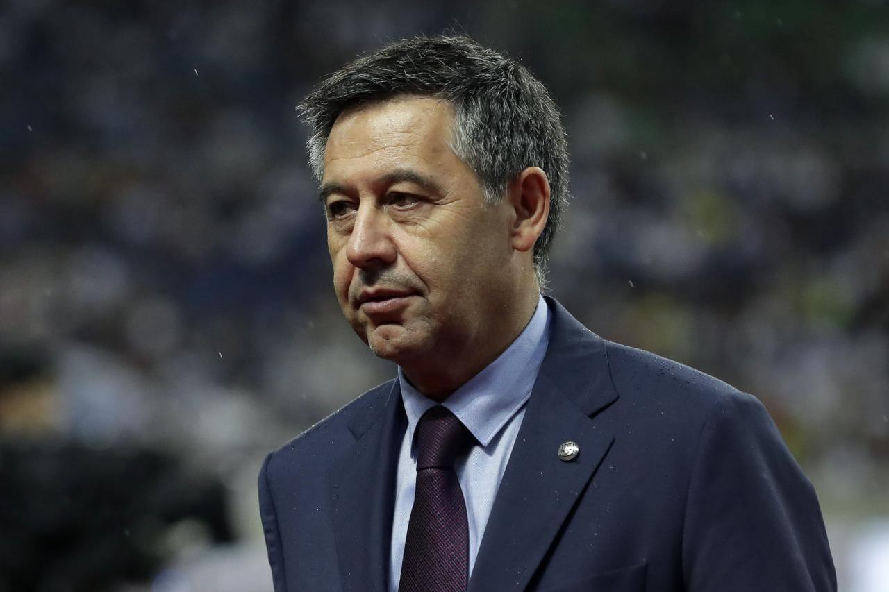 Former Barcelona president Bartomeu arrested after club offices raided
