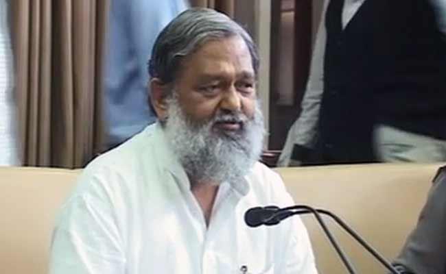 Haryana Sports Minister Claims Sakshi Malik Given Rs 2.5 Cr, Job