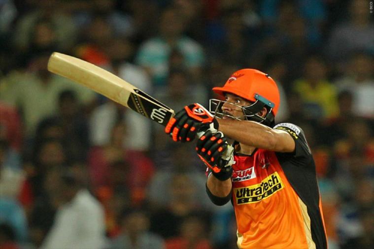 IPL 2017: DD vs SRH: Yuvraj Singh blitzkrieg powers Sunrisers Hyderabad to 185-3