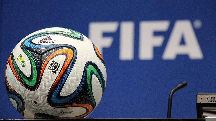 playersallowedtoplayforthreeclubsinaseason:fifa