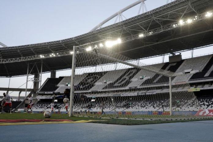 coronavirusimpact:nationalfootballcompetitionsofbrazilaresuspended