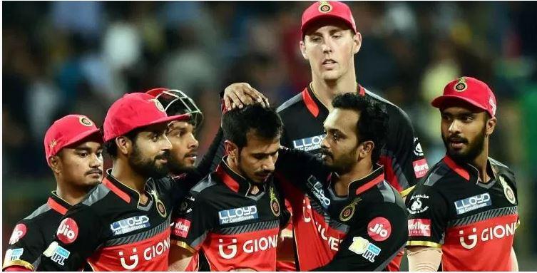 IPL 10: Royal Challengers Bangalore throttle Delhi Daredevils