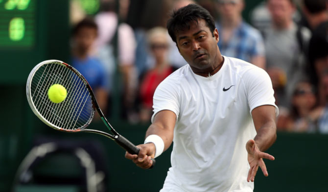 Leander Paes loses in 1st round of men