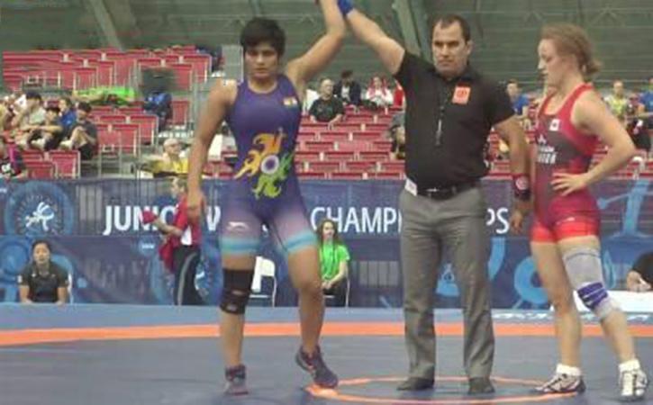 Manju wins bronze medal at Jr World Wrestling