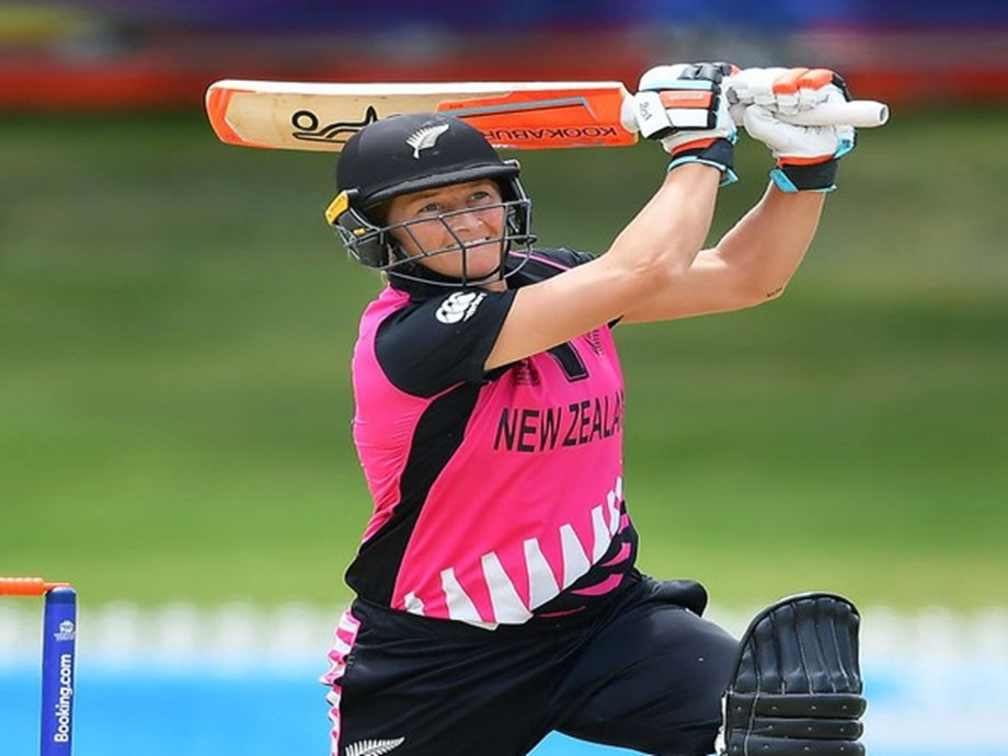 New Zealand wins to a seven-wicket over Sri Lanka in the Women