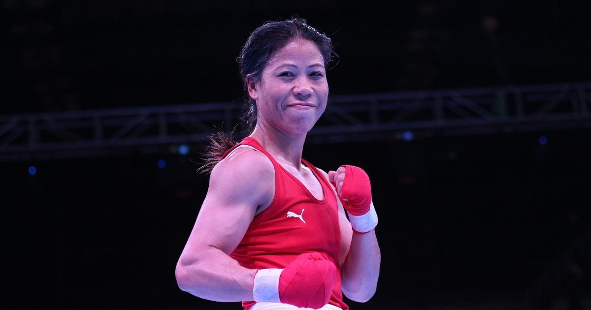 Mary Kom confers with Padma Vibhushan