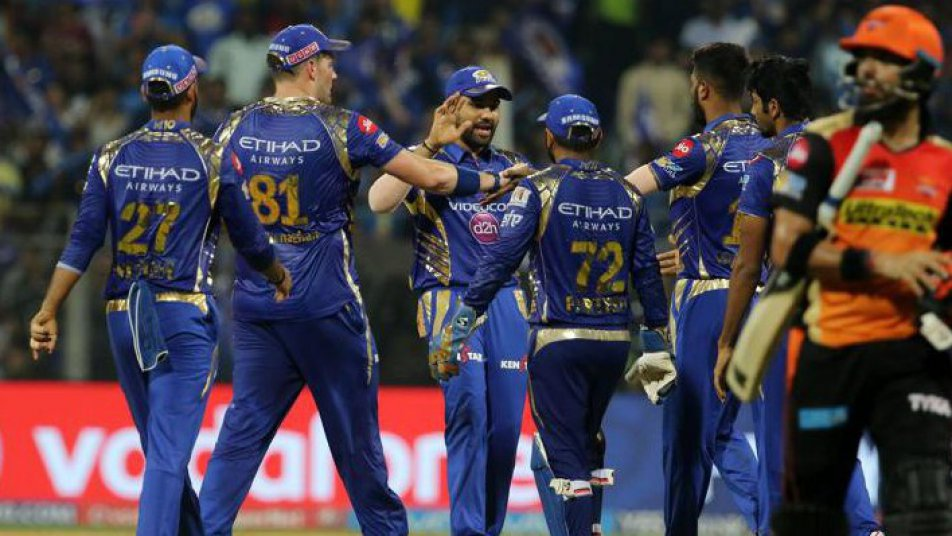 Mumbai Indians restrict Sunrisers Hyderabad to 158/8