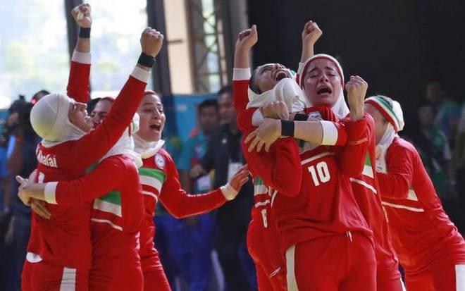 Indian women suffer shock defeat to Iran in kabaddi final