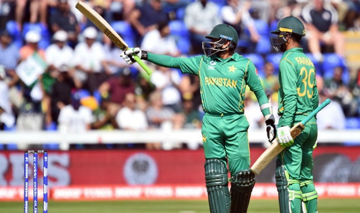 ICC Champions Trophy: Semi-final 1: EnglVs Pak:Pakistan beat England by 8 wickets ,enters finals