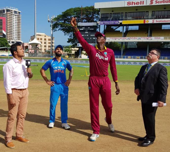 5th ODI : India vs West Indies :West Indies win toss, elect to bat