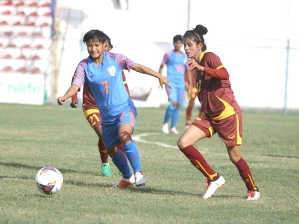 Indian women storm into SAFF semis with 5-0 win over Sri Lanka