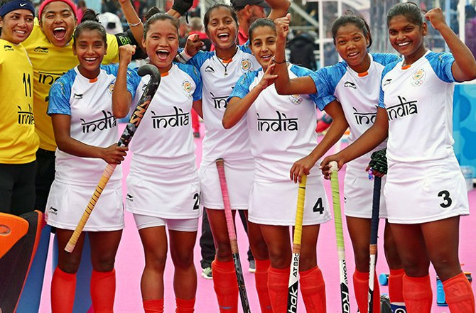 indian-mens-womens-hockey-teams-advance-to-youth-olympic-final