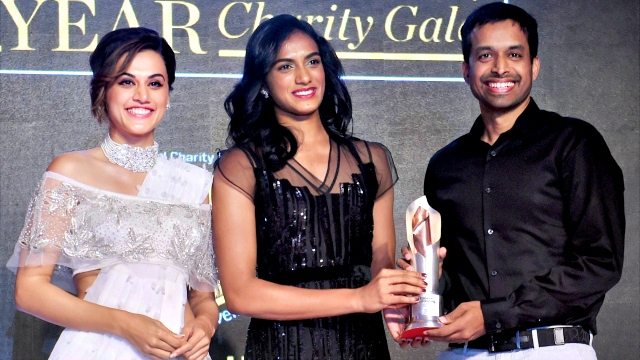 """PV Sindhu bags """"Sportsperson of the Year"""" award"""