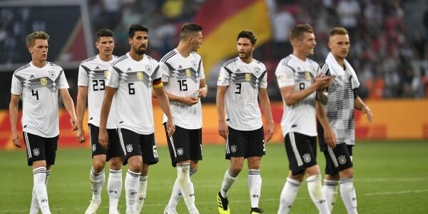 aheadoffifaworldcupqualifiercovidcasesfoundingermanyteam