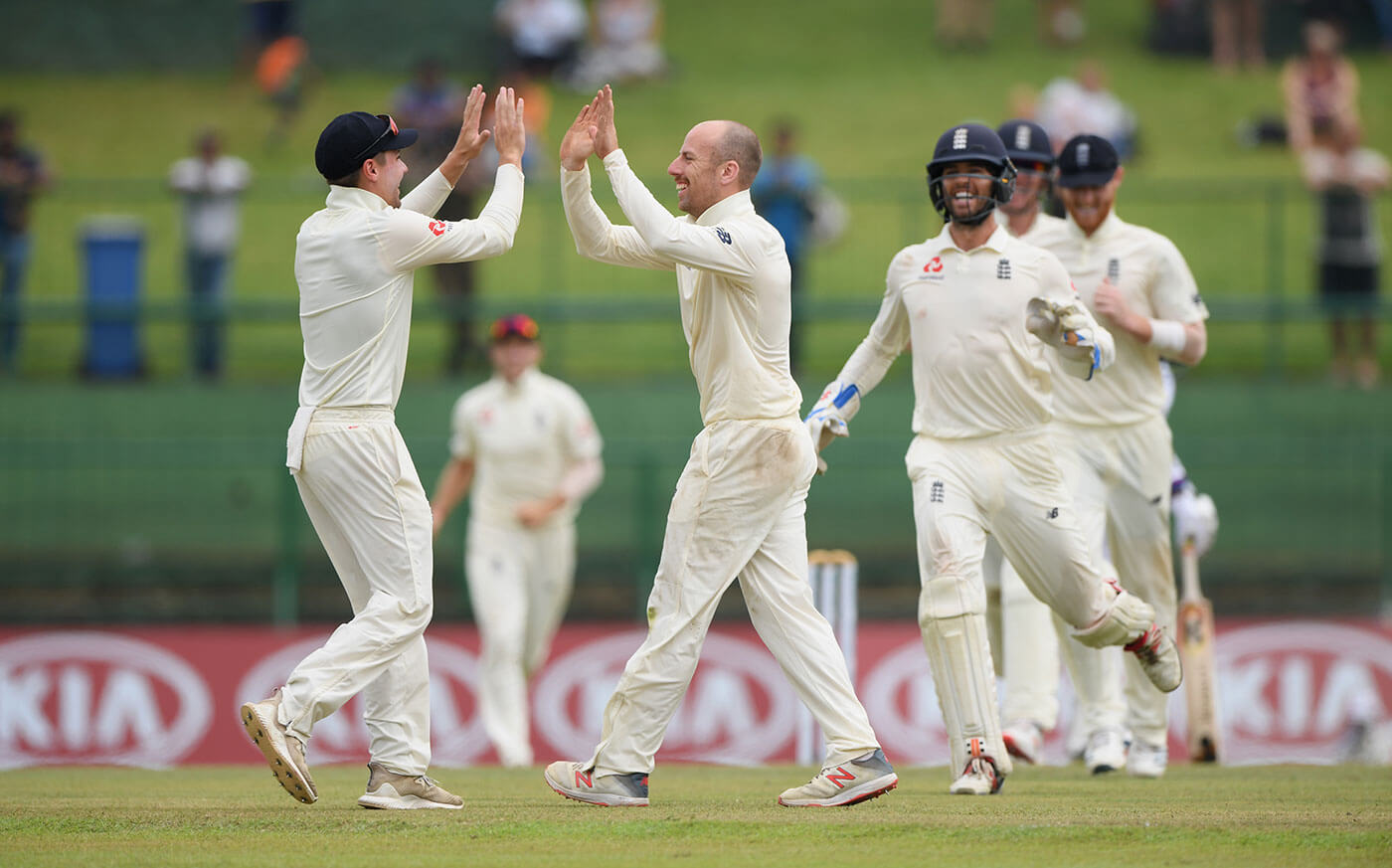 SL vs ENG 1st Test: England cruise to 127/2 after bundling out Sri Lanka for 135