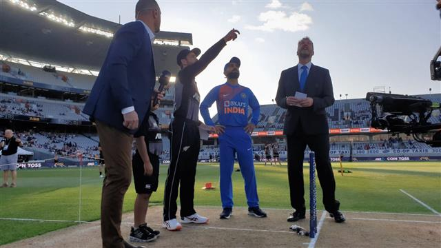 India win toss, elect to field in first T20I against New Zealand